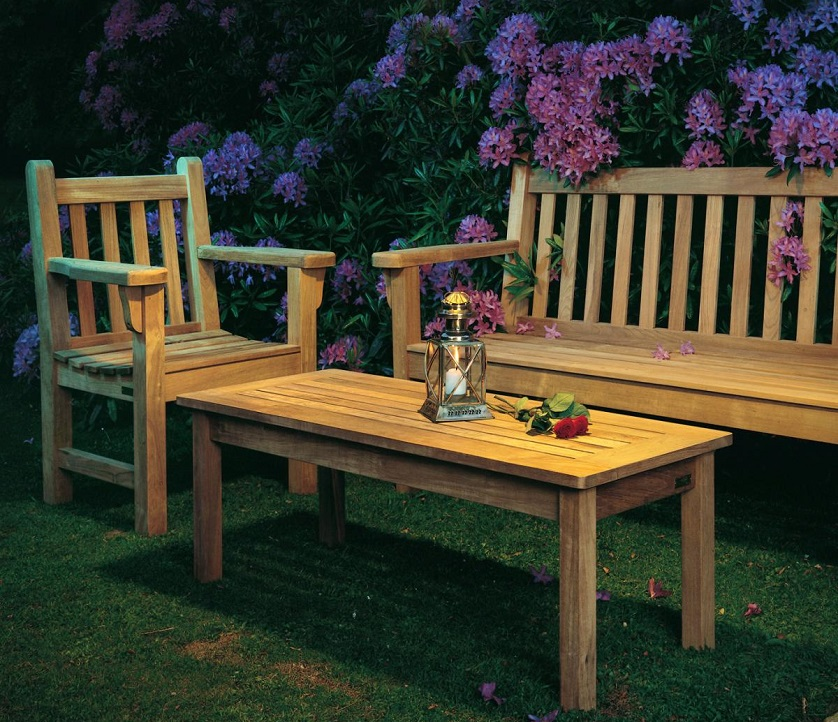 Bench Garden Set