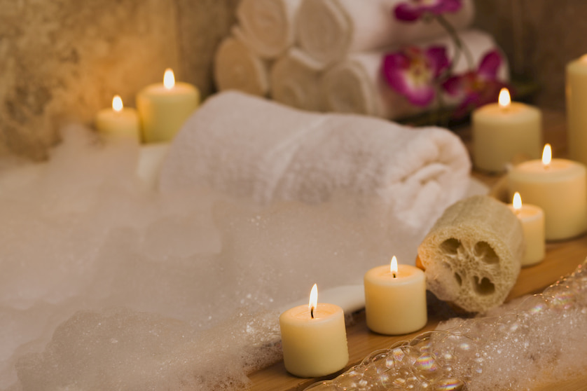 bath-with-essential-oils