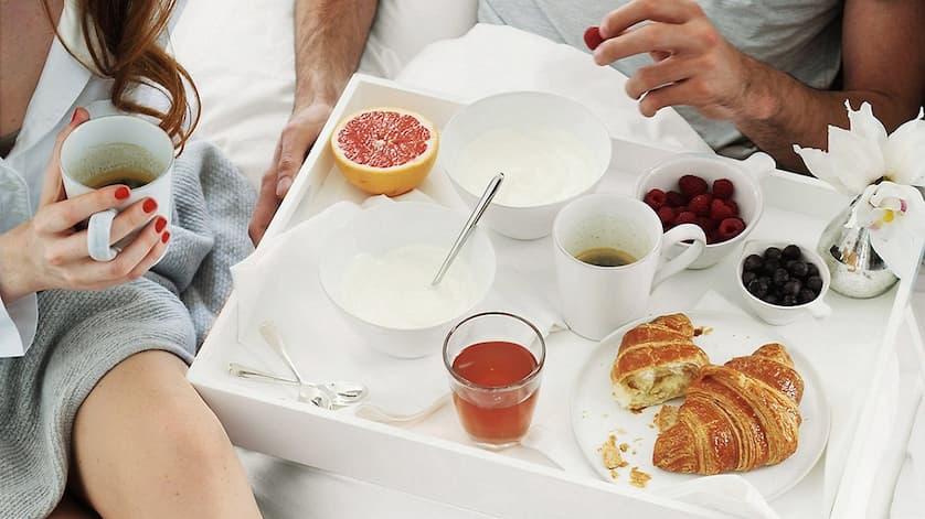 breakfastonbed