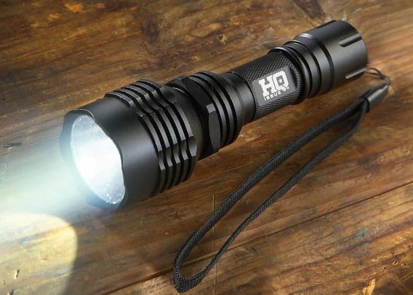 tactical-flashlight