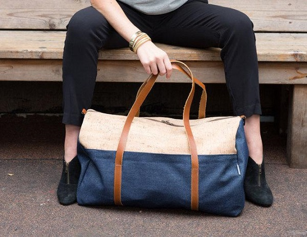 overnight-bag-model