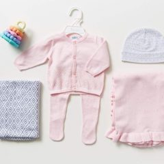 A List of Essential Clothes for Baby Girl