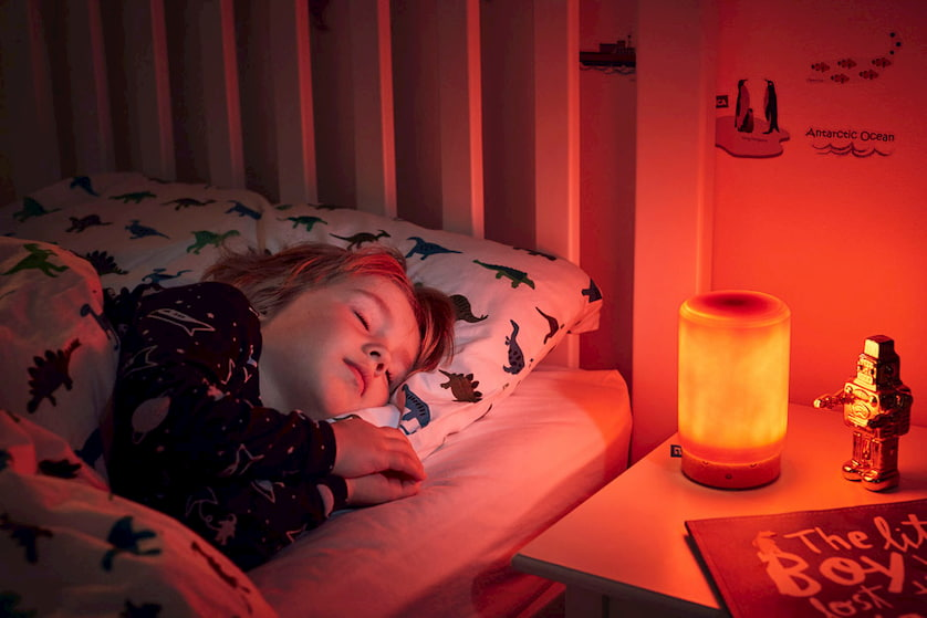 kid-sleeping-with-essential-oil-diffuser