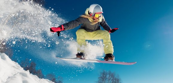 How to Choose the Right Snowboard for Women